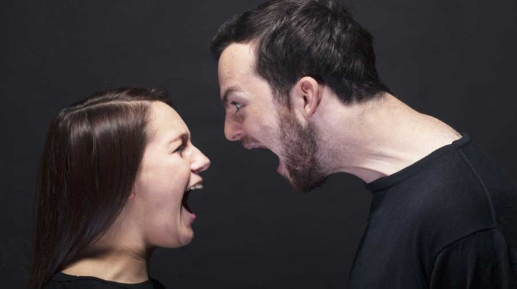 Chồng sắp cưới có thói quen... chửi thề